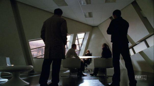 2x07 Of Human Action Fringe207-124